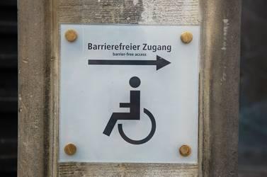 barrier-free-1138387_1920.jpg